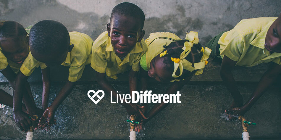 live different banner